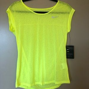 Nike Dry Fit Athletic Top !!NWT!!